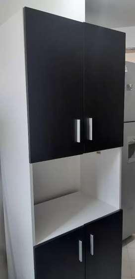 Mueble de cocina. Mueble para microondas