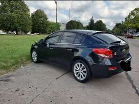 Vendo Chevrolet Cruze negro 2016 1.8 AT impecable unica mano