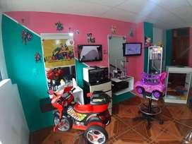 Vendo peluquería infantil y artículos extras de remate