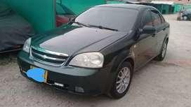 Vende Chevrolet Optra usado en buen estado papeles recientes SOAT y revisión traspaso directo