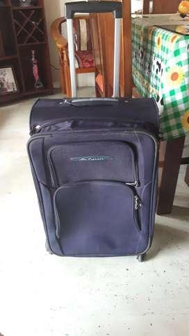 Se vende maleta viajera