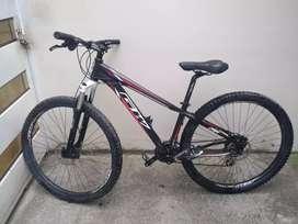 Bicicleta Montañera de 8 velocidades, precio negociable