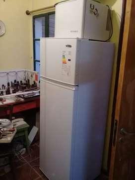 Heladera con freezer sin uso
