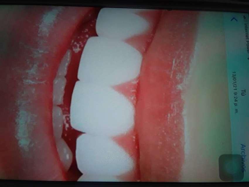 Se necesita odontólogos 0