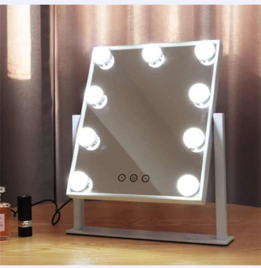Espejo Holliwood 9 bombillas LED