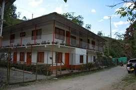Se vende finca de 16 cuadras,  con casa de 240mts2 construidos, muni de Córdoba Q, a 1 km del pueblo
