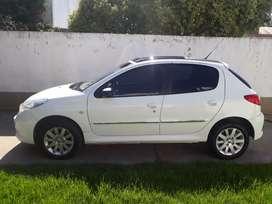 Peugeot 207 full 5P 1.6 XT (vendo o permuto por terreno)