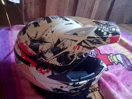 Vendo casco en buen estado,negociable