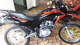 En venta moto honda xr150L