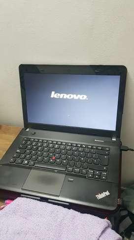 Lenovo ThinkPad i7 4702 MQ Leer