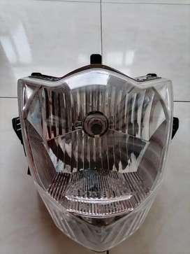 Farola Suzuki GIXXER 150cc Vendo