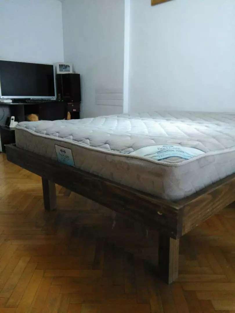 Cama y colchón  simmons 0