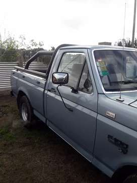Ford f100 impecable con gnc titular
