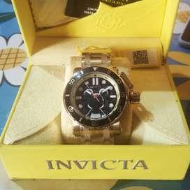Reloj Invicta Edición Limitada Disney 52mm Oro