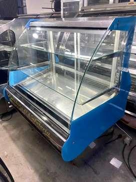 Nevera Postrera de refrigeracion moderna