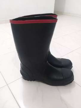 Botas de caucho cinta roja