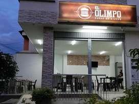 Se venden enseres para restaurante y comidas rapidas