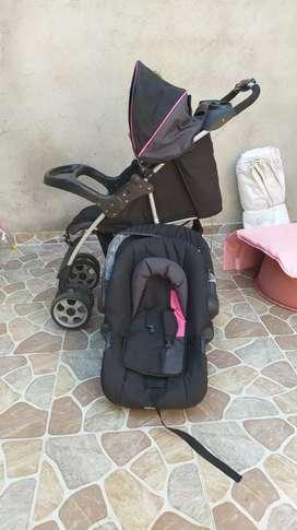 Se vende coche con silla para carro, marca infanti