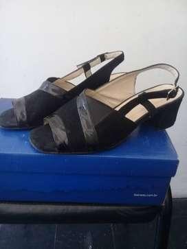 sandalias negra numero 38