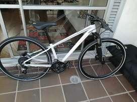 "Bicicleta specialized Marco ""S"" rin 29"" suspensión specialized"