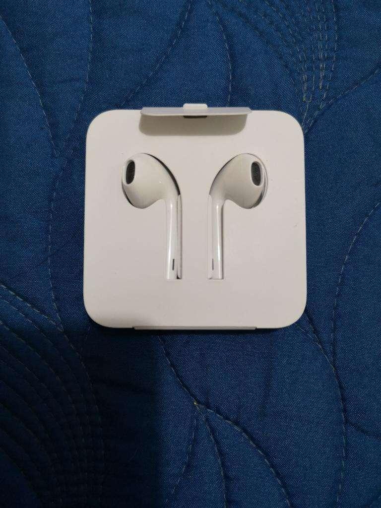 Audífonos iPhone Originales Nuevos 0
