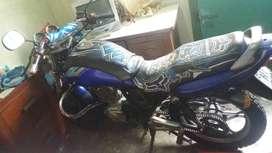 Vendo moto  suzuki EN 125 al dia