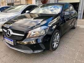 Mercedes Benz A200 Urban 2017 unica mano