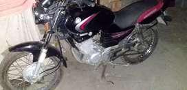 vendo moto yamaha 125 com todo su papeles