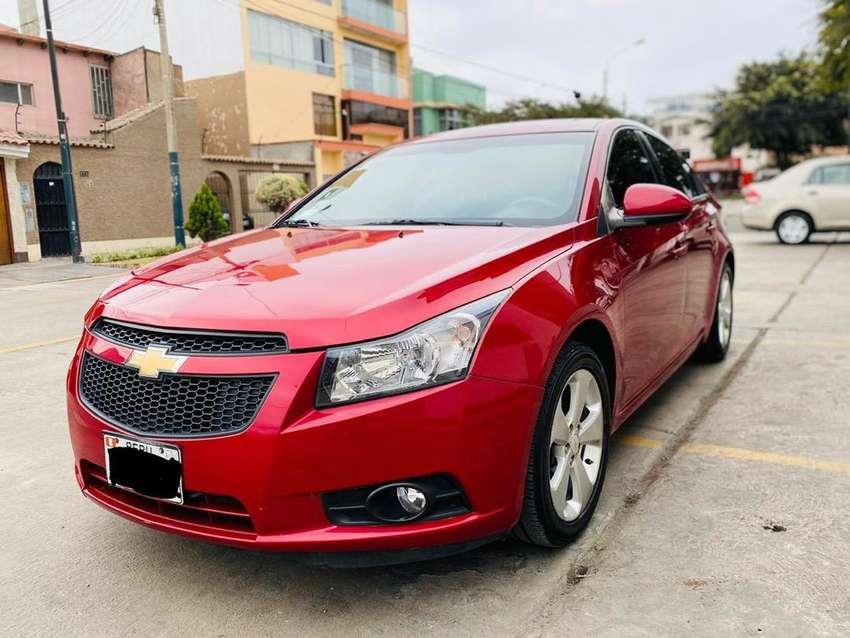 Chevrolet Cruze 2012 - 33mil Km 0