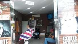 Se requiere barbero con experiencia