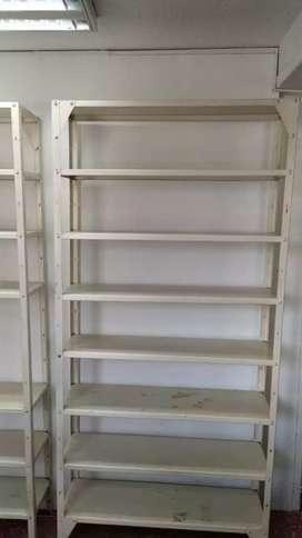 Vendo estanteria en buen estado trafico pesado