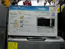 Horno microondas Mabe de 1.1 pies cubicos