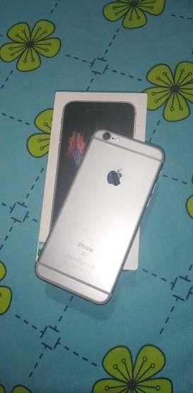 Iphone 10/10 con cargador 2 forros y caja original