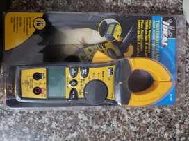 Amperimetro Ideal en Caja