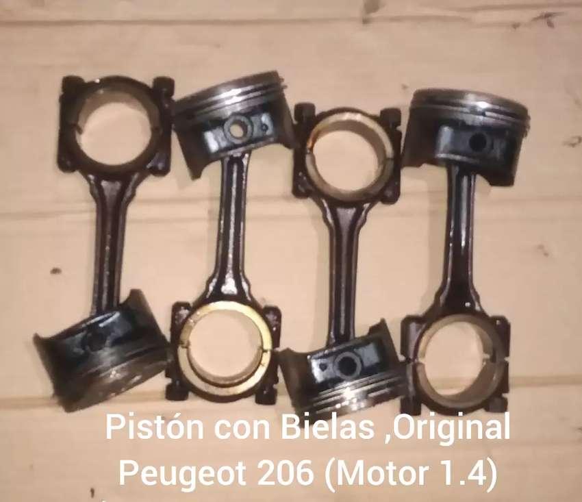 Vendo Parte de motor (Peugeot 206 ,Motor 1.4)