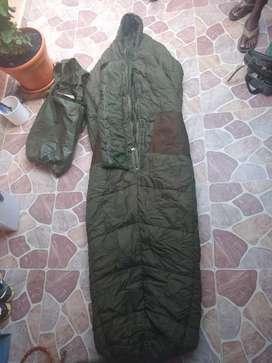 Sleeping tipo militar