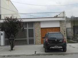 Alquiler Casa al frente - Triunvirato 16