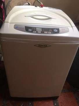 Se vende lavadora HACEB ADVENCE de 28 libras