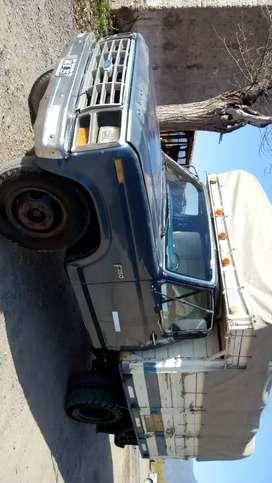 Vendo camión Ford 350 mod 87,motor Perkin 6 cilindros diesel,escucho ofertas