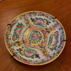 Hermosos platos para colgar en excelente estado