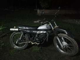 Vendo moto ts185