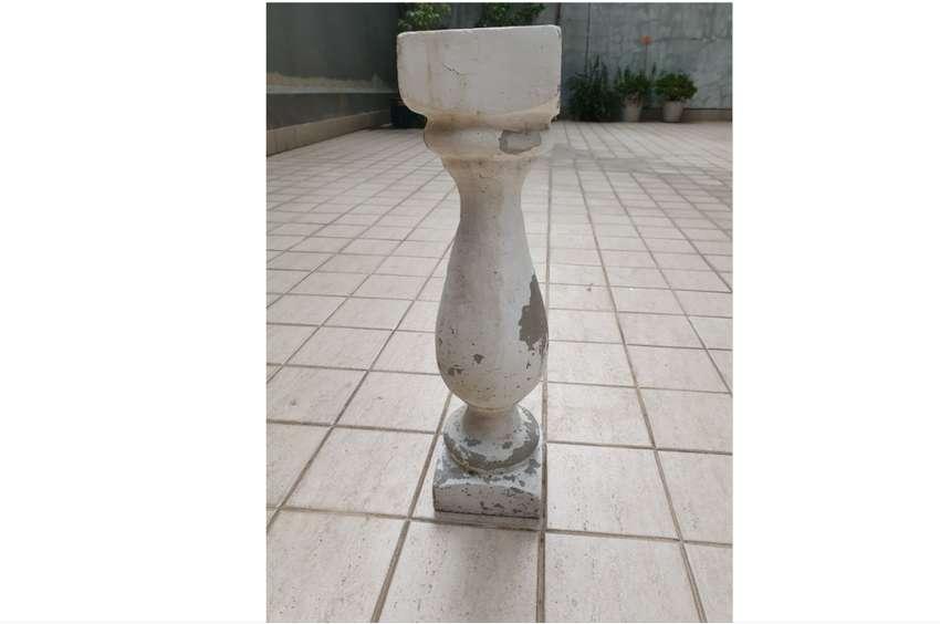 columna griega para maceta cemento - Belgrano 0