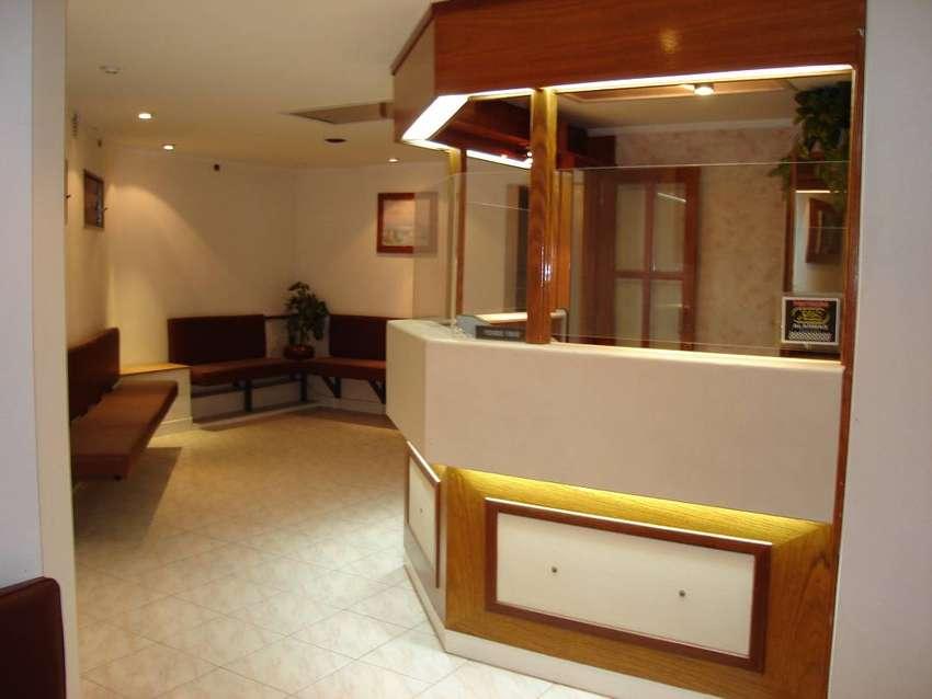 Alquiler De Locales Oficinas Consultorios Aulas Negocio 140m2 Moderno Berisso La Plata 0
