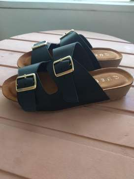 Vendo sandalias 37 dama