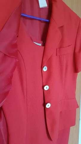 Conjunto chaqueta mas vestido
