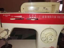 Maquina de coser dinastia