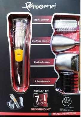 maquina Afeitadora Eléctrica Recargable Kit 7 En 1 Pro Gemei Gm 570