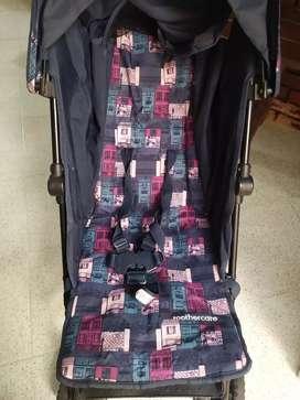 Se vende coche para bebé marca mothercare + silla bebé Fisher price