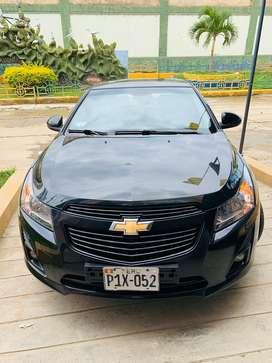 Se vende Chevrolet Cruze HB 2013, en buen estado, uso particular, full equipo, pantalla táctil Android.