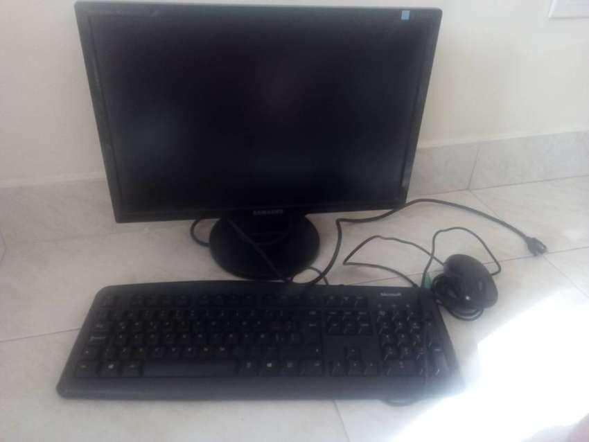 vendo monitor teclado y mause 0